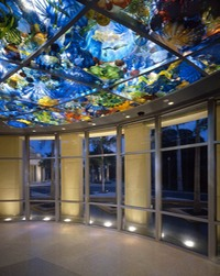 DALE CHIHULY Persian Sea